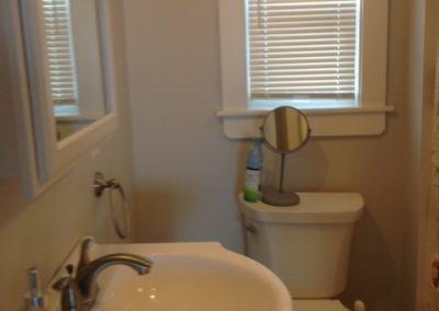 Floor 2- Bathroom